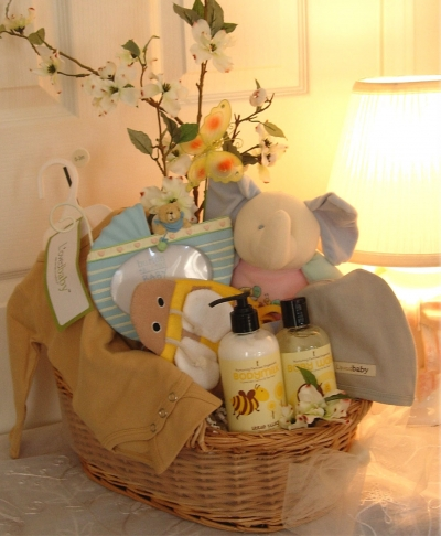 Celebrate Baby and Mama With Organic Gift Baskets