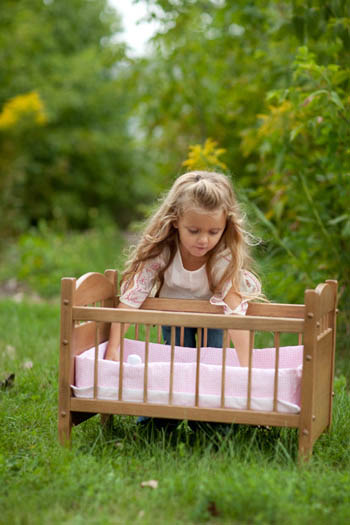 Get 15% Off Doll Furniture at RosieHippo.com!