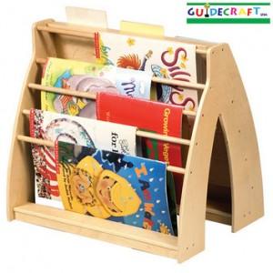 A Kid-Friendly Bookshelf: Guidecraft Universal Book Display