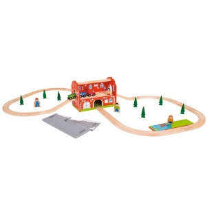 BigJigs Railway Station Carry Set for Fun on the Go!