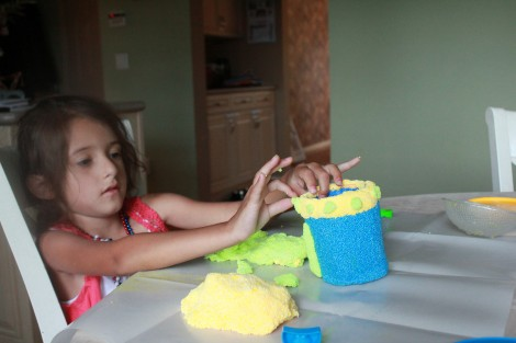 Fun with Floam! Crafting a Pencil Holder
