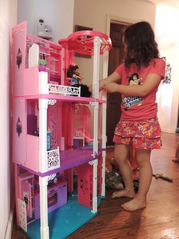 Barbie Dreamhouse 2013 Review 2