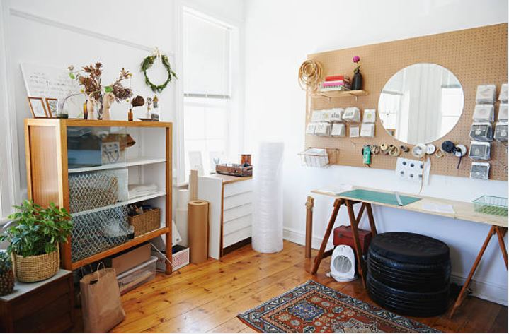 6 Ways to Organize Your Craft Room on a Budget
